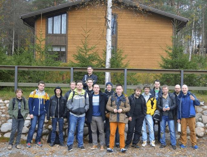 Сотрудники Beget на отдыхе в лесу