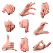 Визуальные жесты оратора в риторике